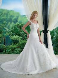 classic bridal gowns