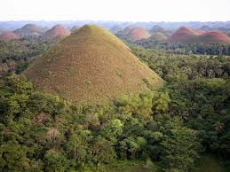 picture of chocolate hills
