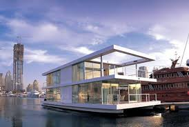 floating houseboats