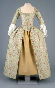 colonial days clothing