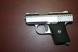 pistola calibre 25