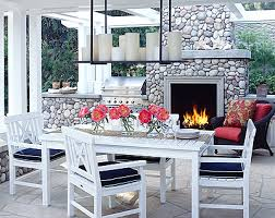 outdoor staging