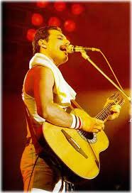 freddie mercury guitar