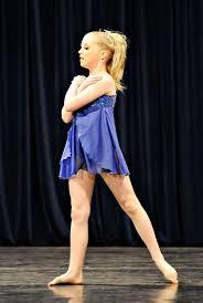 modern dance pose