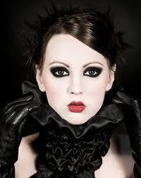 gothic eye make up