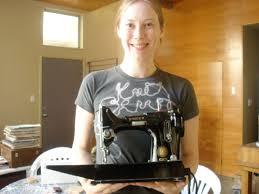 portable singer sewing machine