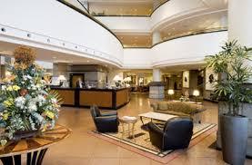 5 star hotel lobby