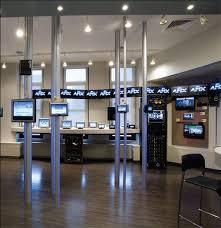 apple showrooms