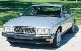 1990 xj6