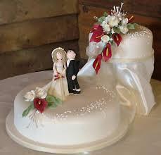 2 tier wedding cakes
