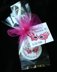 masquerade party favors