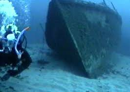 diving ship wrecks