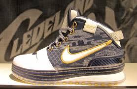 lebron james 2009 shoes