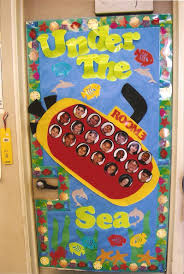 classroom door decorations for christmas