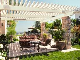 outdoor living room plans