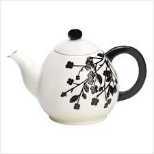 black tea pots