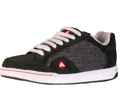 air walk skate shoes