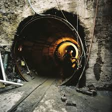 construction tunnel