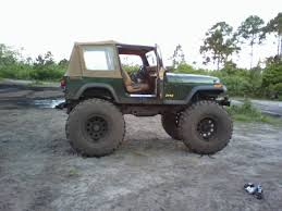 jeep wrangler mudding