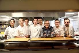 equipe de cuisine à la 12 restaurant hôtel 03 87 01 30 18