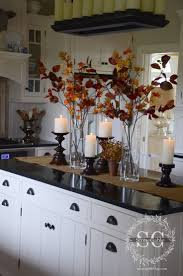 Dining Room Table Centerpiece Ideas by Best 25 Fall Kitchen Decor Ideas On Pinterest Farm Kitchen