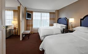 atlanta accommodations double bed suite sheraton suites
