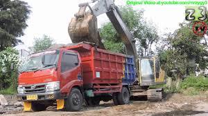 100 Dump Trucks Videos Truck Hino 300 Dutro Loading Dirt By Volvo EC210B Excavator