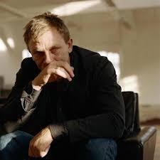 100 Taylor Wood C A S A F O R T E Sam Daniel Craig Crying