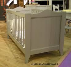chambre bébé bois naturel lit bébé évolutif en bois massif tilleul lisb mathy by bols inakis