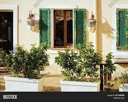 100 Sardinia House Cozy With Flower Pots In Olbia Italy