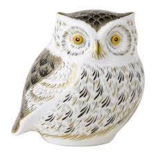 BARN OWL Winter Owl Paperweight Royal Crown Derby Collection Rspb Shop A Large Prestige Edition Paperweight Long Eared The Barn Gift 91papbox62729_07jpg Lot 250 Printed Mark Colctables Exclusive Collections Robin Happy Birthday Bear A Beswick Owl 1046 2 Porcelachina Pottery Porcelain Glass