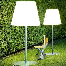 Amax Outdoor Floor Lamp Fontana Arte