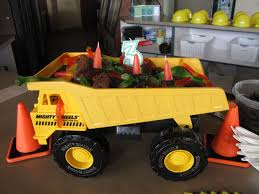 100 Tonka Truck Birthday Party Dump Dirt Brownies With Grass Clumps Coconut And