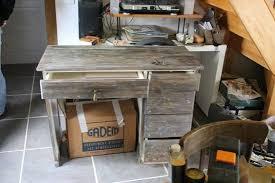 bureau customisé on restaure un bureau en mauvais état les petits carnets d ella