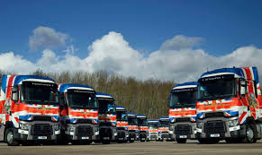 Union Jack Renault Range T High Demonstrator Trucks Arrive In UK ...
