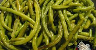 cuisiner des haricots verts haricots verts poêlés à l ail et au persil recette par a prendre