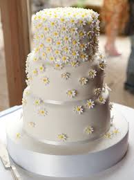 Tumbling Daisy Wedding Cake That Would Fit Well With A Country Garden Theme