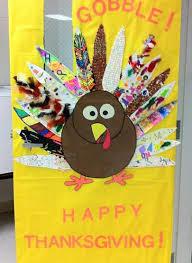 collaborative thanksgiving turkey classroom door decoration