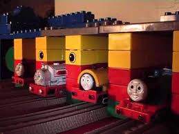 Thomas The Train Tidmouth Shed Layout by Thomas The Tank Engine Toys In Lego Tidmouth Shed Youtube
