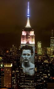 Empire State Building lights up with Harper s Bazaar covers NY