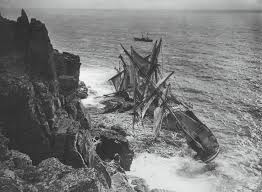 Hms Bounty Sinking Location by 45 Best Shipwreck Images On Pinterest Shipwreck Abandoned Ships
