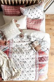 Cazorla Quilt Anthropologiecom Master Bedroom Bedding Ideas Pinterest Linen