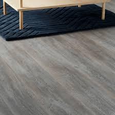Nirvana Plus Laminate Flooring Delaware Bay Driftwood by Bundaberg Grey Oak Effect Laminate Flooring 2 467 M Pack Grey