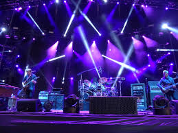 Phish Bathtub Gin Magnaball by Live Review Phish Plunge Into Magnaball Madness Improper Bostonian