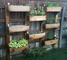 46 Genius Pallet Building Ideas 03
