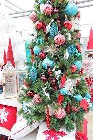 Evergleam Pink Aluminum Christmas Tree by 215 Best Christmas Trees Images On Pinterest Christmas Time