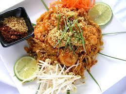 cuisine thailandaise traditionnelle voyage en cuisine recette originale de pad thaï