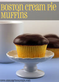 Pumpkin Muffins At Dunkin Donuts 2015 by Muffinmonday Boston Cream Pie Muffins On Sugar Mountain