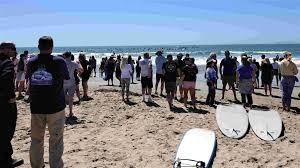 100 Silver Strand Beach Oxnard Paddleout Ceremony Honors Kirra Drury Who Died In Boat Crash