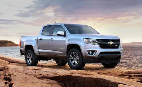Chevy Colorado's MPG: You'd Have To REALLY Hate Large Vehicles To ... 2017 Chevrolet Silverado Fuel Economy Review Car And Driver The Best Gas Mileage Cars Of 2018 Digital Trends 2015 2500hd Duramax Vortec Vs Colorado Diesel Americas Most Efficient Pickup Ck 1500 Questions My 90 Chevy Half Ton 350 Tbi 5 Chevy Hd 060 Mph Realworld Mpgtowing Gmc Canyon Diesels Rated At 31 Mpg Highway Colorados Youd Have To Really Hate Large Vehicles Five Trucks